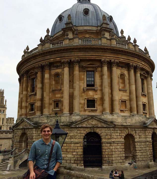 Matt Digirolamo in front of the Radcliffe Camera at Oxford
